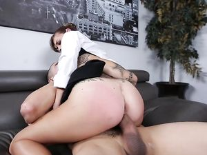 Cute Babe In A Blouse Fucks The Big Dick Guy