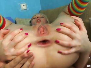 Anally Gaped Teen Gives A Nasty Ass To Mouth Blowjob