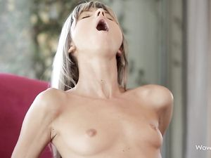 Lithe Cock Rider Takes Him All The Way Into Her Pussy