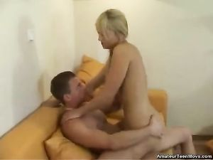 Amateur Blonde Teen Fucked In Her Bald Pussy