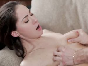 Passionate GF Wants A Hot Creampie Inside Her