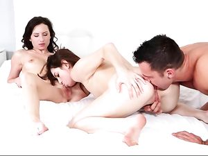 Cum Swapping Sluts Wake Him Up For A Threeway