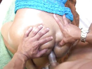 Chubby Latina Fucking For A Huge Cum Shot