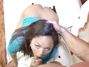 Chubby Latina Fucking For A Huge Cum Shot